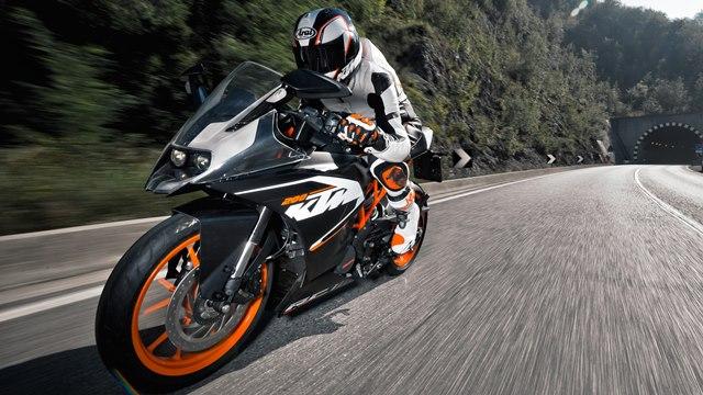 2014-KTM-RC200-India(1)