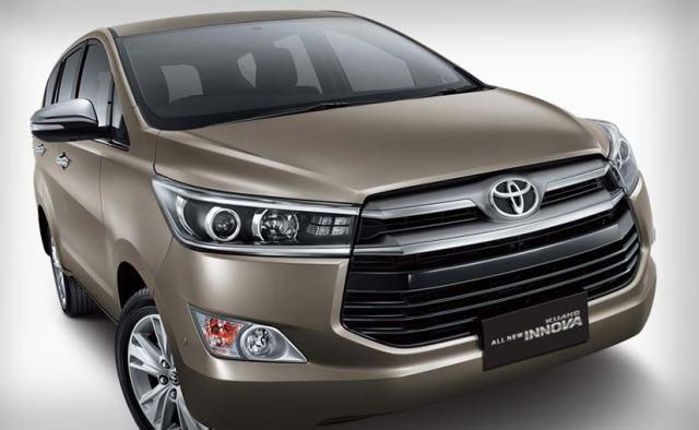 new-toyota-innova-front-827_827x510_71448418488.jpg