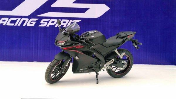 All-New-Yamaha-YZF-R15-black-doff-hitam.jpg