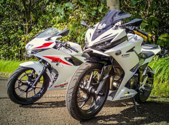 all-new-cbr150r-di-jejerin-suzuki-gsx-r150-2