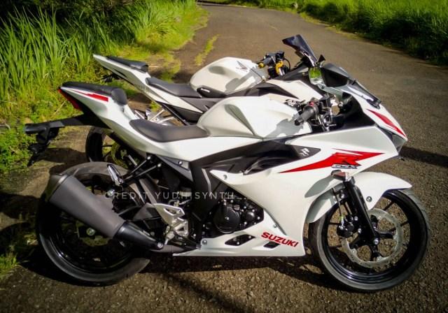 All-New-CBR150R-di-jejerin-Suzuki-GSX-R150-5.jpg