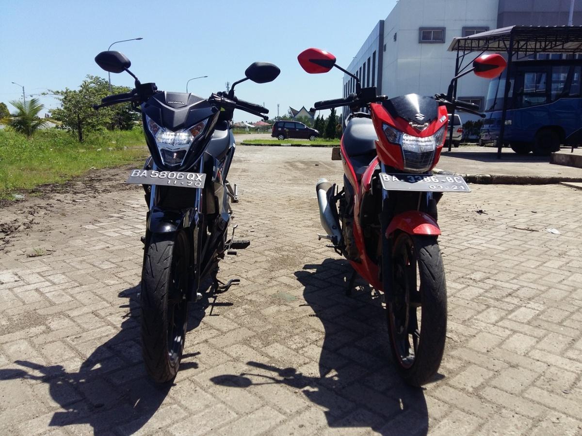 Test Ride Honda Sonic 150R (dan Perbandingan Dengan Satria FUFI)